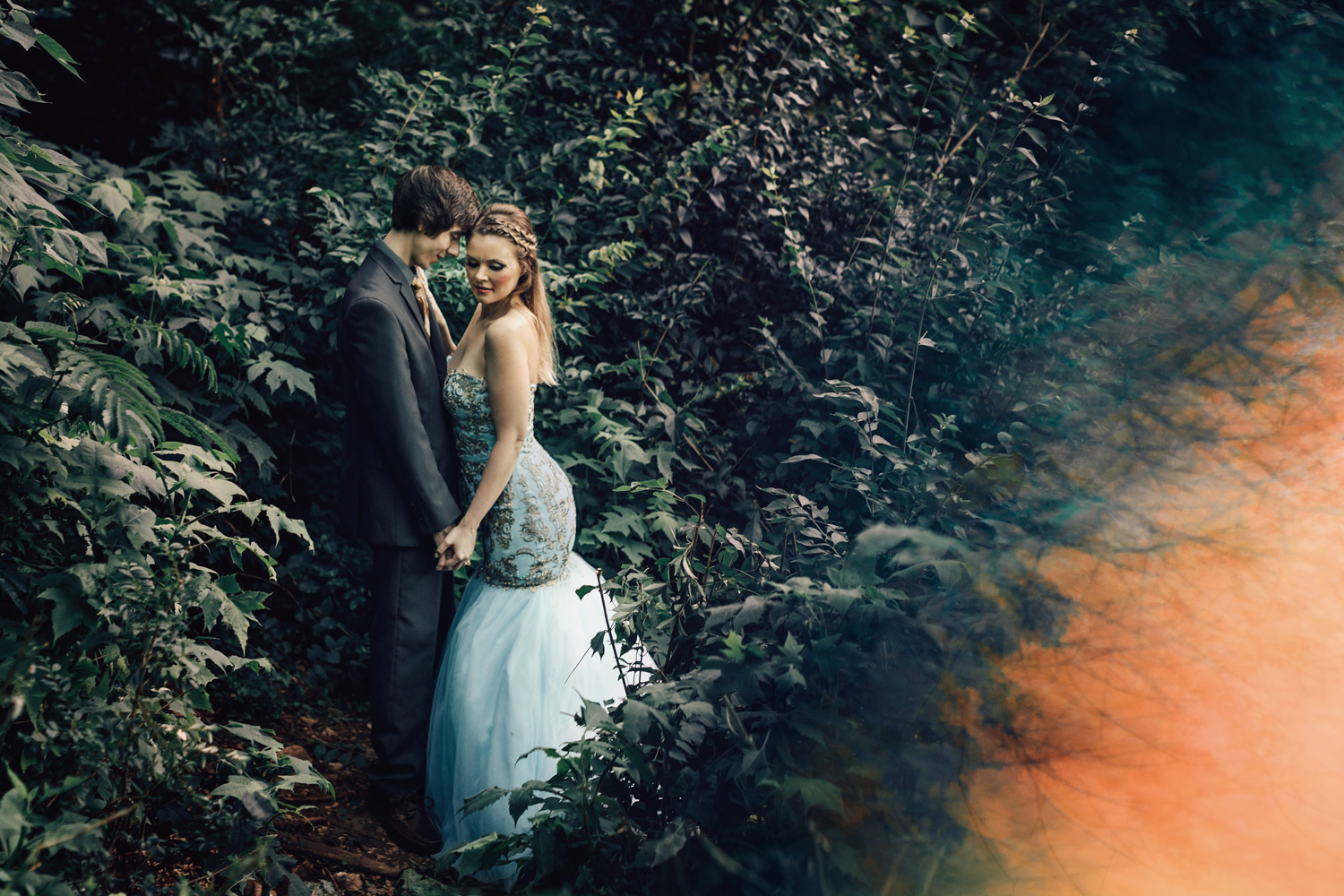 Alyssa + Dylan / Knoxville, Tennessee Mermaid Inspired Anniversary ...